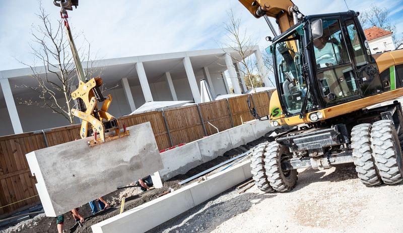 Stellenmarkt Seidenspinner Bauleiter gesucht
