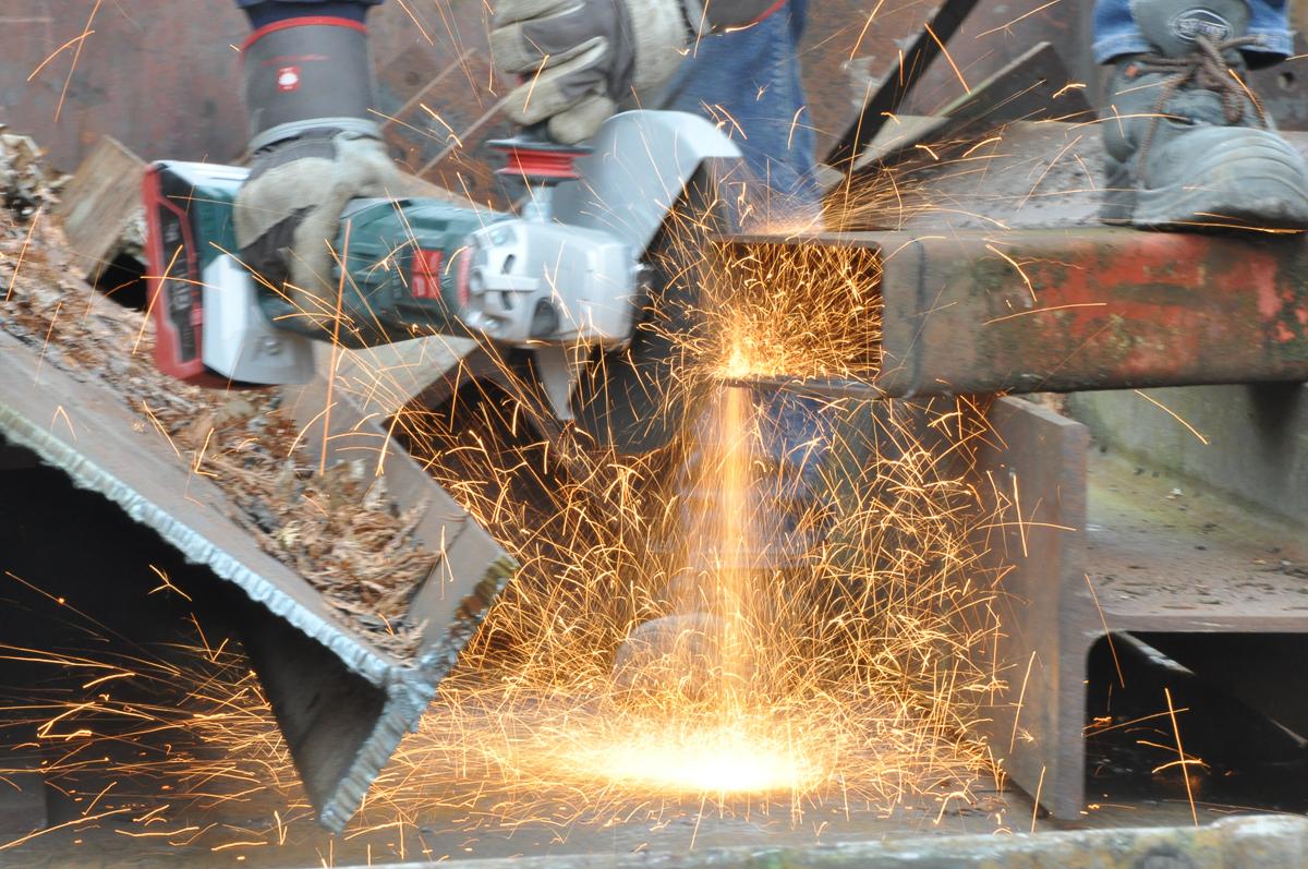 Stellenmarkt Seidenspinner Baumaschinenmechaniker gesucht