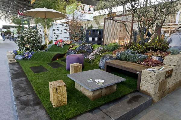 seidenspinnergarten messe in stuttgart und ein wettbewerb seidenspinner. Black Bedroom Furniture Sets. Home Design Ideas